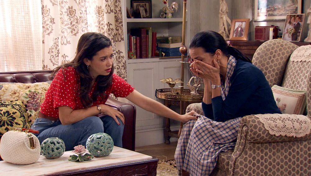 """Manolita se derrumba con Amelia: """"Siento mucho el dolor de Luisita pero es lo que siento"""""""