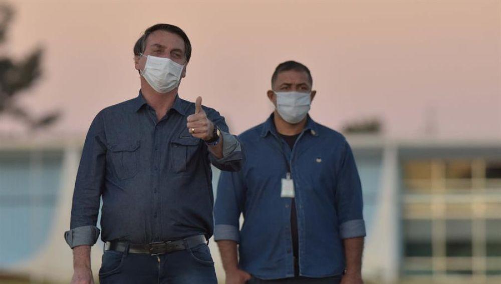 Jair Bolsonaro da positivo de coronavirus en un nuevo test y seguirá en cuarentena