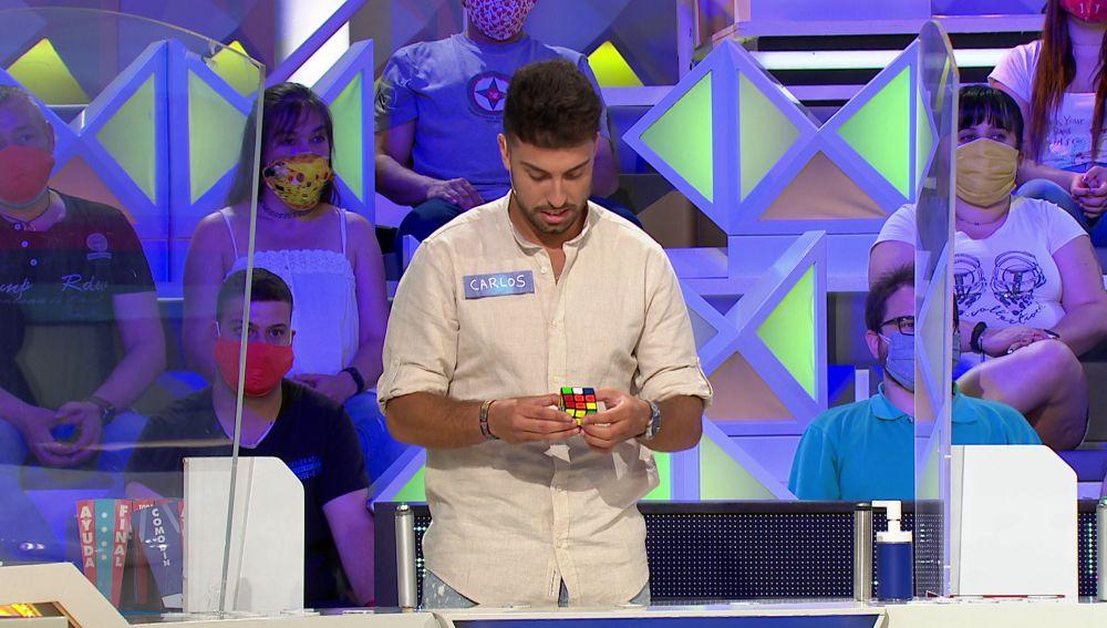 Carlos, el concursante capaz de resolver el cubo de Rubik en menos de 20 segundos