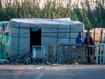 Un nuevo incendio arrasa un campamento de temporeros en Lepe