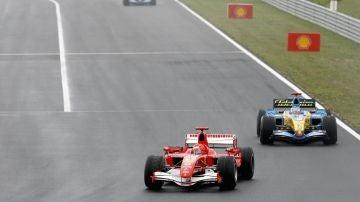 La Fórmula 1 recuerda el mítico adelantamiento de Fernando Alonso a Michael Schumacher en Hungría