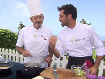 Joseba Arguiñano introduce un ingrediente al guacamole que no convence a su padre Karlos Arguiñano
