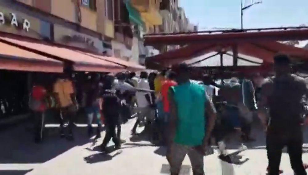 Momentos de tensión entre unos 100 inmigrantes y la Policía de Albacete tras saltarse el confinamiento