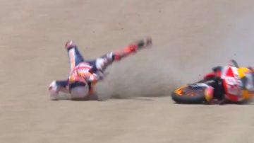 Aparatosa caída de Marc Márquez en el GP de España