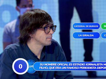 ¡Por los pelos! Luis Piedrahita consigue, in extremis, una respuesta válida en 'Una de Cuatro'