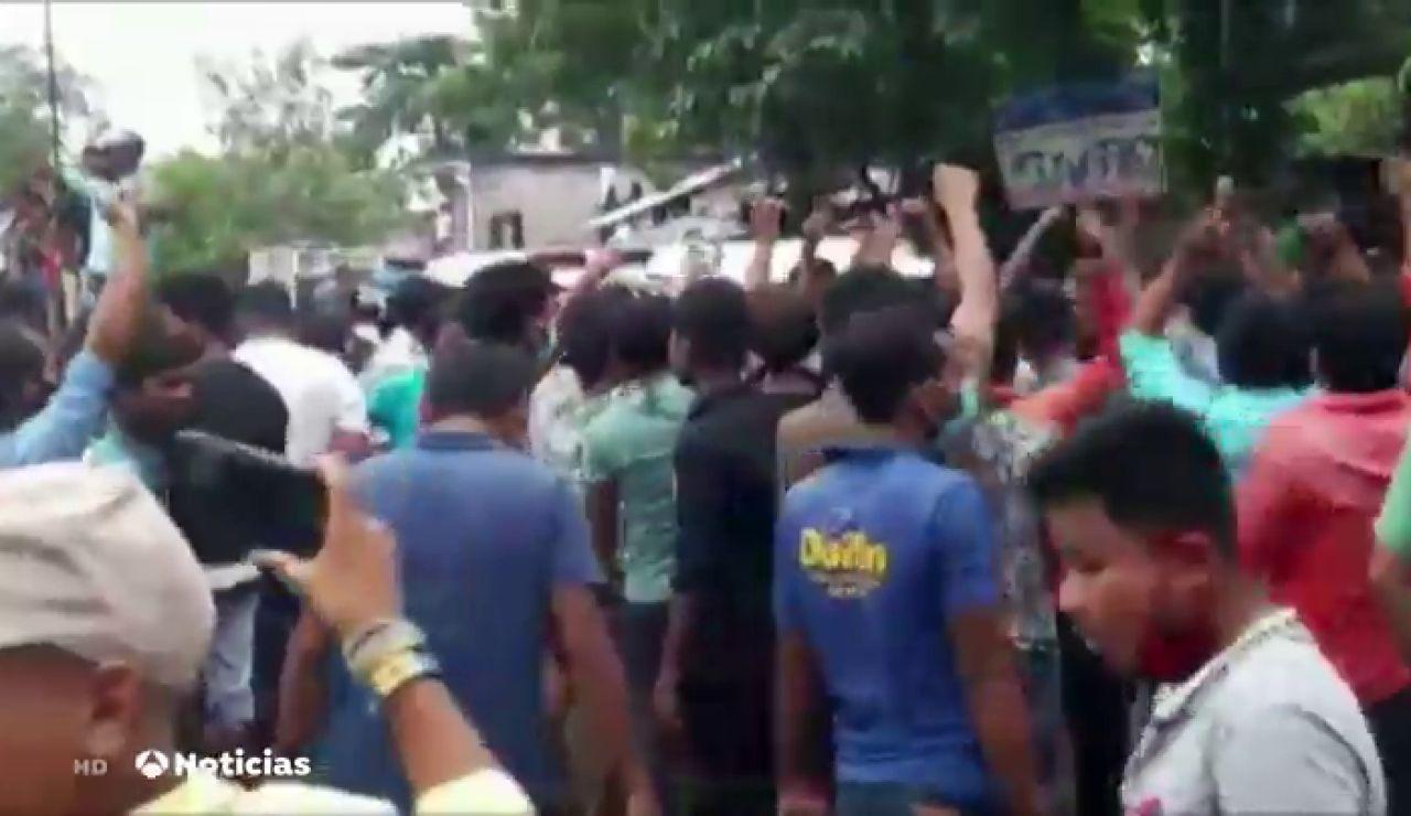 Disturbios en la India tras el secuestro y la violación en grupo de una joven de 17 años