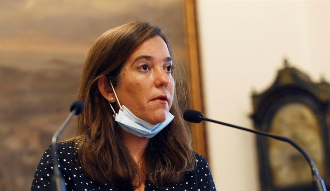"""La alcaldesa de A Coruña estudia emprender acciones legales contra el Fuenlabrada: """"Es una irresponsabilidad"""""""
