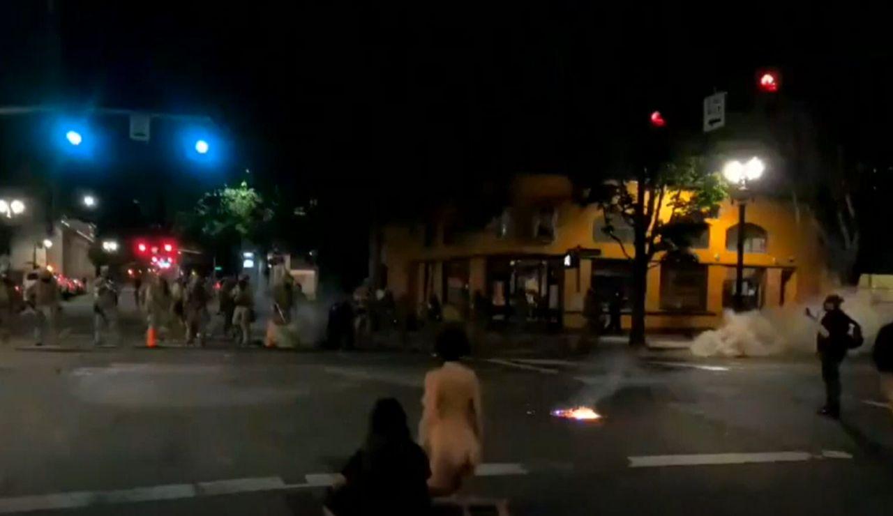 Mujer desnuda en Portland