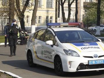 Un policía en Ucrania