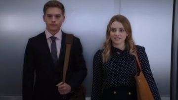 Dylan Sprouse y Josephine Langford en 'After 2'