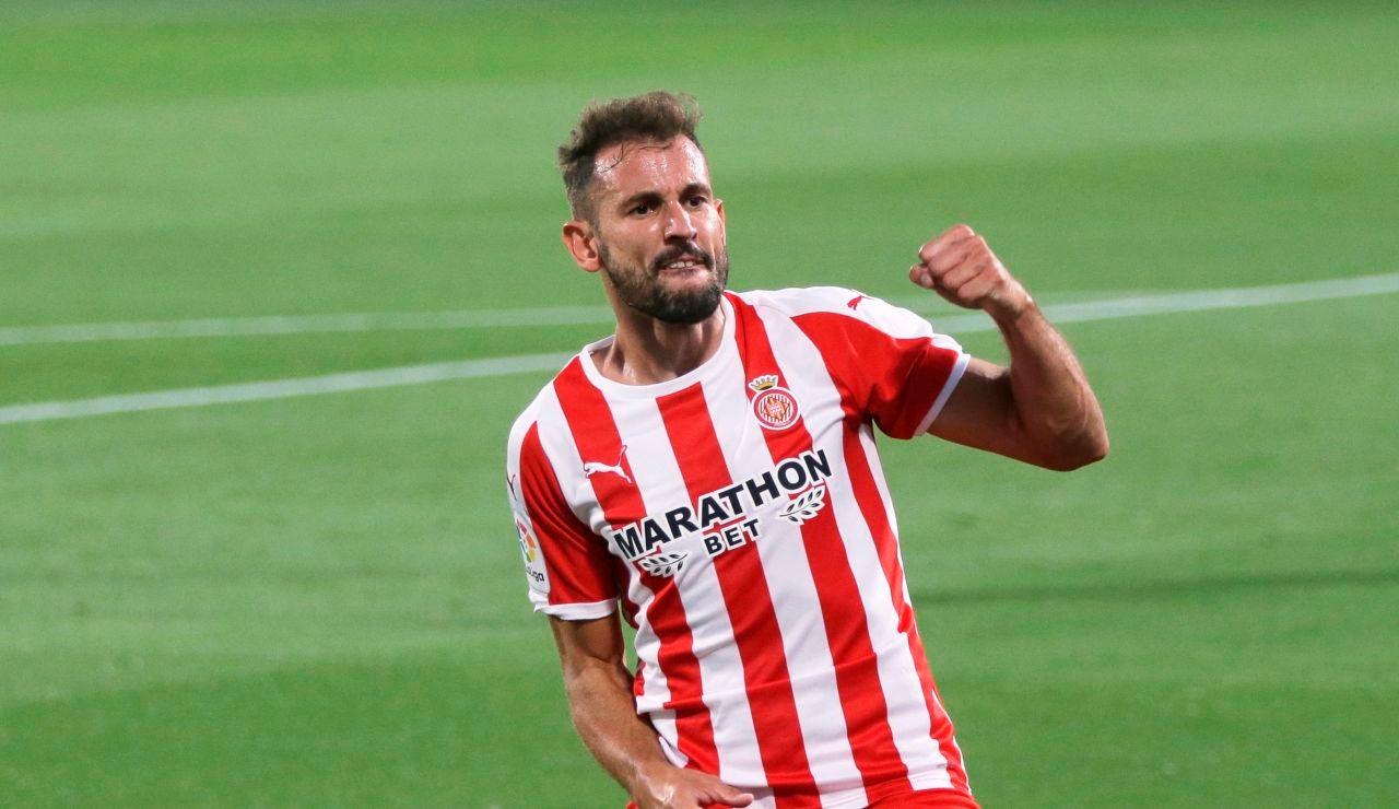 El delantero uruguayo del Girona, Christian Ricardo Stuani, celebra un gol