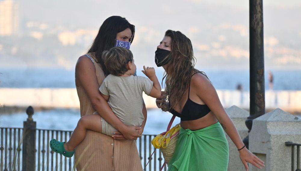 Anita y Laura Matamoros con su hijo Matías