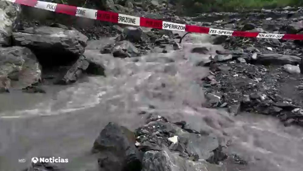 Interrumpen por las lluvias la búsqueda de un barranquista español desaparecido en Suiza