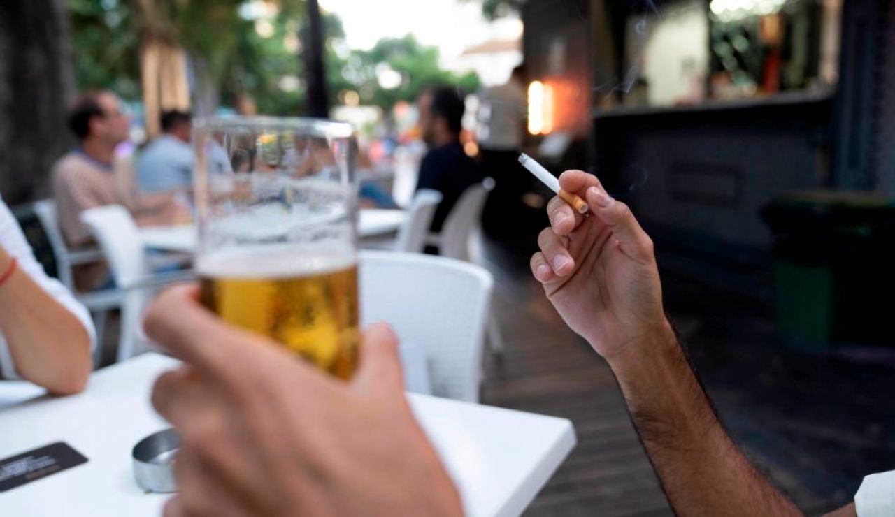 LaSexta Noticias 20:00 (14-08-20) Sanidad limita fumar en la calle y cierra el ocio nocturno en toda España