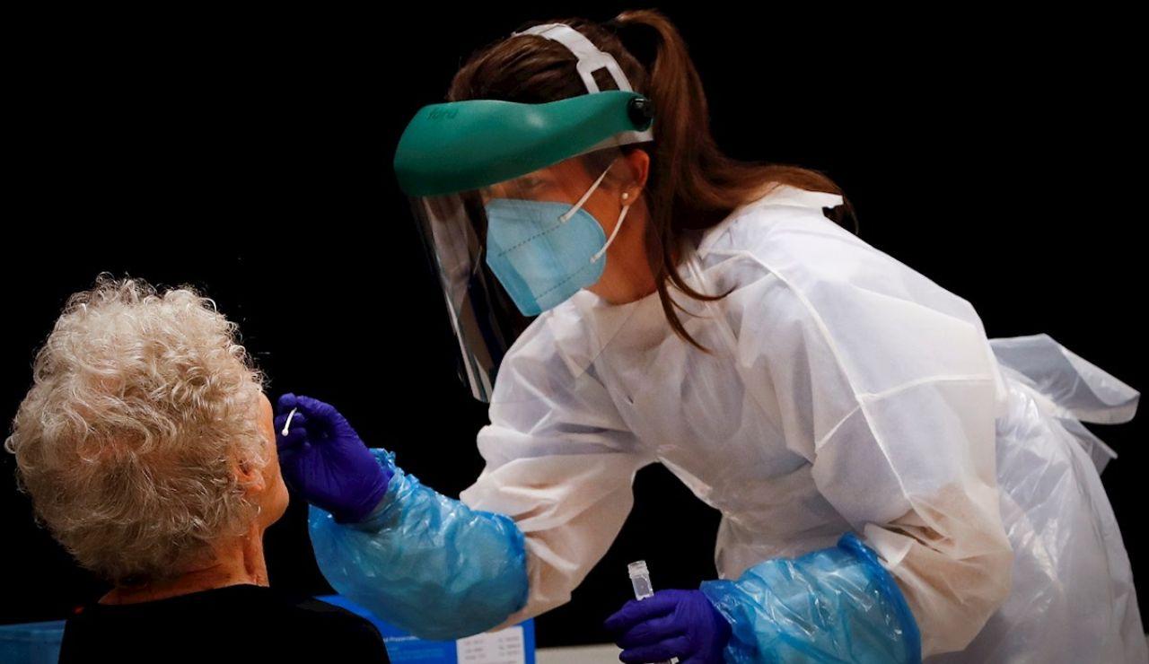 A3 Noticias Fin de Semana (15-08-20) Madrid hará test PCR a los vecinos de las zonas con más presencia de coronavirus