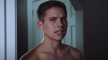 Dylan Sprouse en 'After. En mil pedazos'