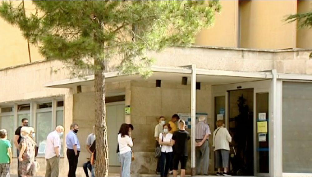 Cola en un centro de salud de Valencia