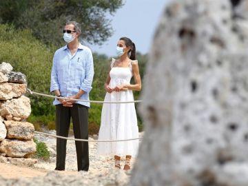 Los Reyes finalizan sus visitas oficiales a Baleares