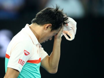 Kei Nishikori se lamenta tras perder un partido