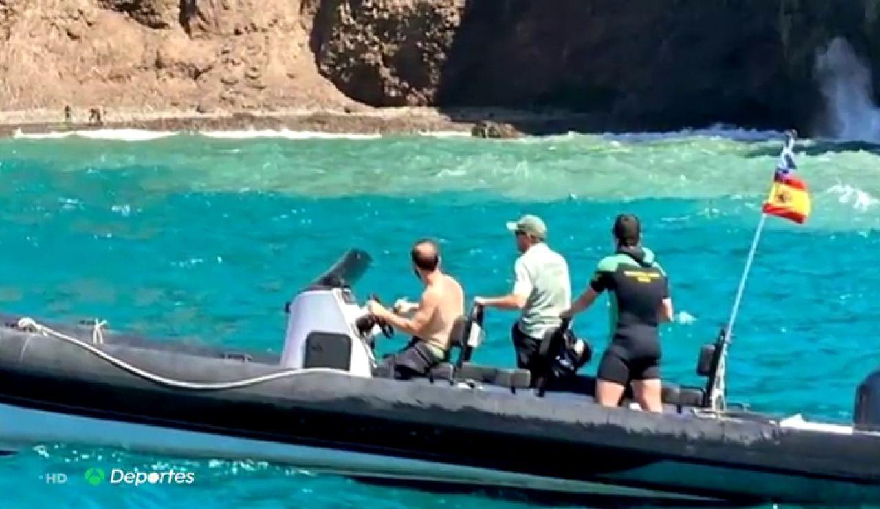Una familia, rescatada tras pasar 24 horas desaparecida tras salir a practicar paddle surf en Almería