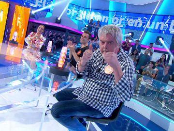Javier Coronas borda la canción en su duelo contra Ramón Arangüena al ritmo de 'El calor del amor en un bar'