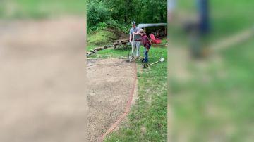 VÍDEO: El conmovoder momento en que un hombre le pide a su hermano con síndrome de Down que sea su padrino