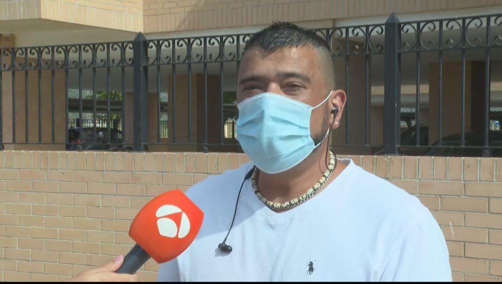 """El padre de una amiga de la niña víctima del parricida en Cabanes: """"Él era totalmente normal, pero últimamente estaba más serio"""""""
