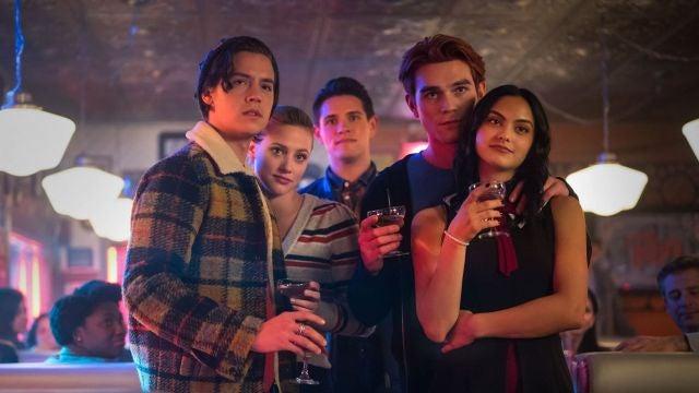 'Riverdale': Cole Sprouse, Lili Reinhart, KJ Apa, Camila Mendes y Casey Cott