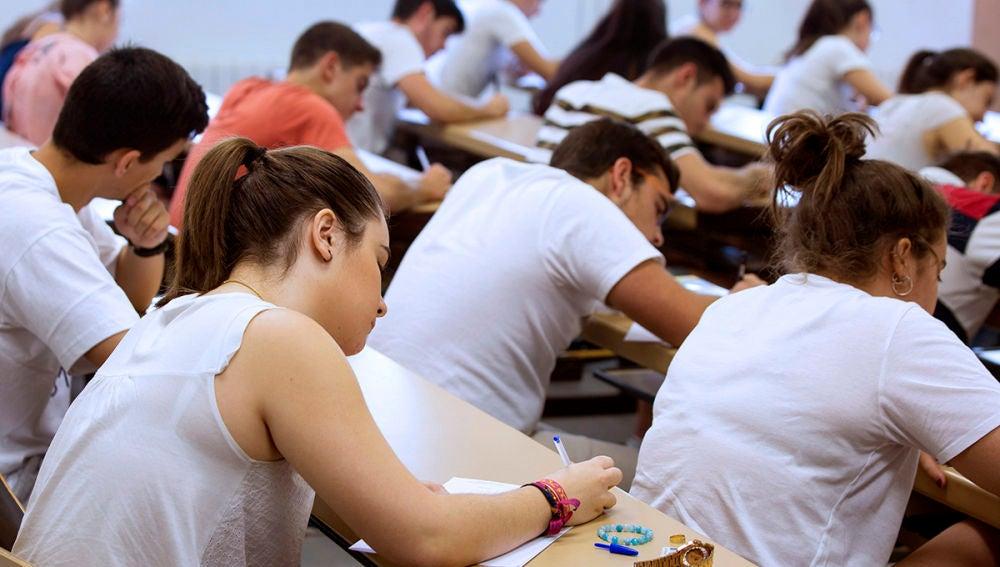 Becas MEC 2020-2021: Novedades de las becas y ayudas para estudiar