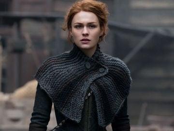 Sophie Skelton como Brianna Fraser en 'Outlander'
