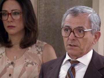 La dolorosa visita de Armando al despacho que pone a Lourdes en un compromiso