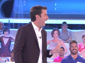 El lapsus de Arturo Valls: critica un chiste y descubre después... ¡que él ya lo había contado!