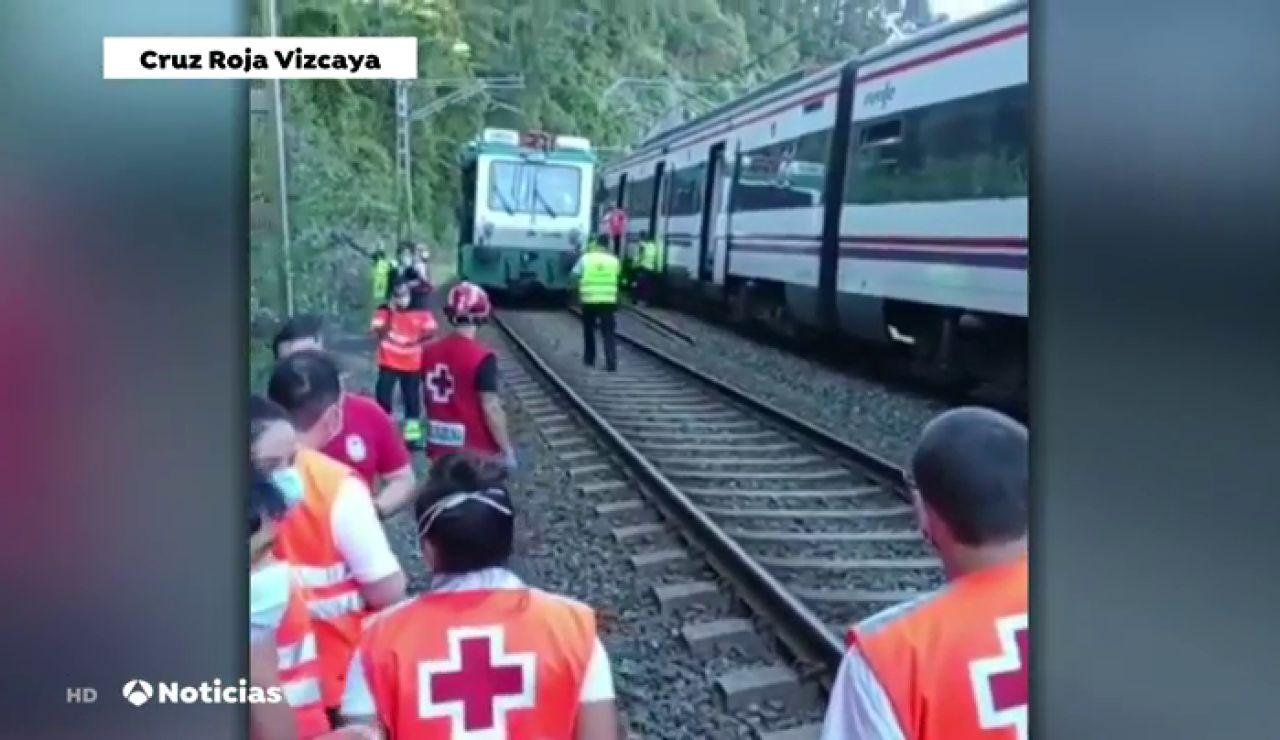 Los pasajeros de un tren de cercanías se queden parados a más de 35 grados antes de llegar a la estación de Arrigorriaga