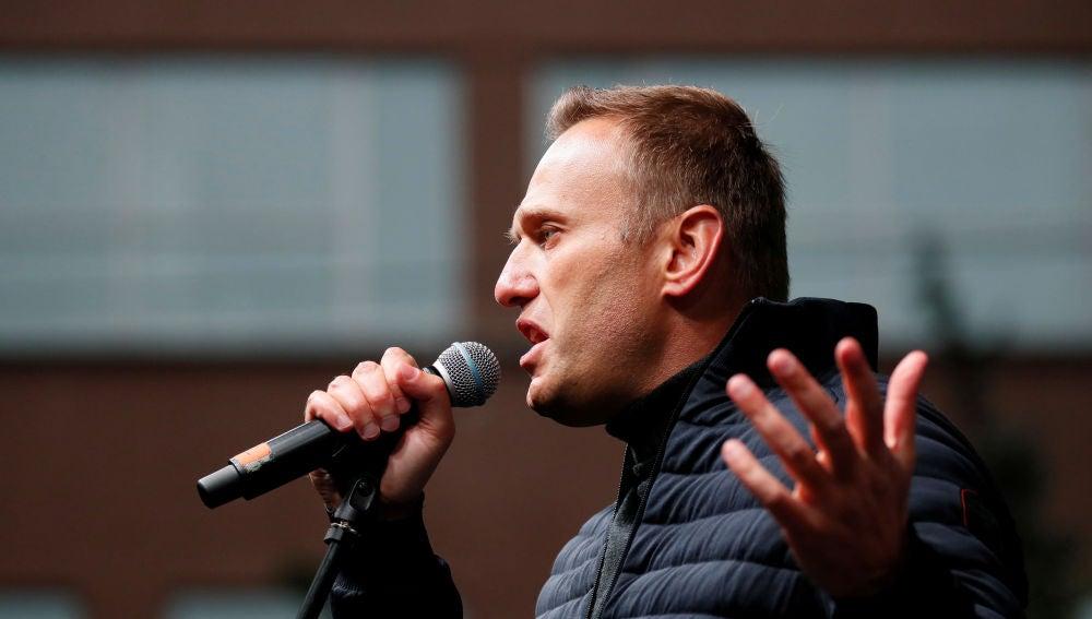 El opositor ruso Alexei Navalni será traslado a un hospital en Alemania