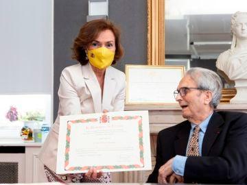 La vicepresidenta primera, Carmen Calvo, y el cordobés Juan Romero