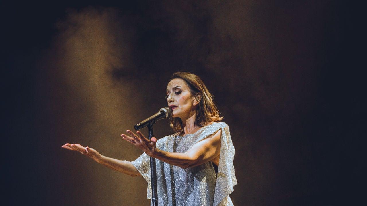 Luz Casal ilumina los corazones del Auditorio de Starlite Catalana ...