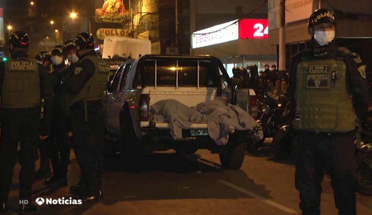 Mueren 13 jóvenes por una avalancha en una fiesta ilegal en Perú cuando llegó la Policía