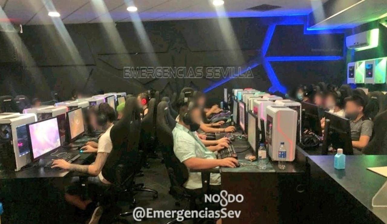 Desalojan a 28 personas de un local de videojuegos donde no se guardaba la distancia social contra el coronavirus