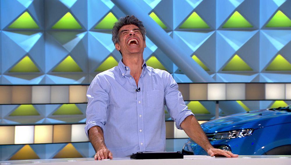 El divertido tonteo entre Joaquín y Jorge Fernández que ha marcado 'La ruleta de la suerte'