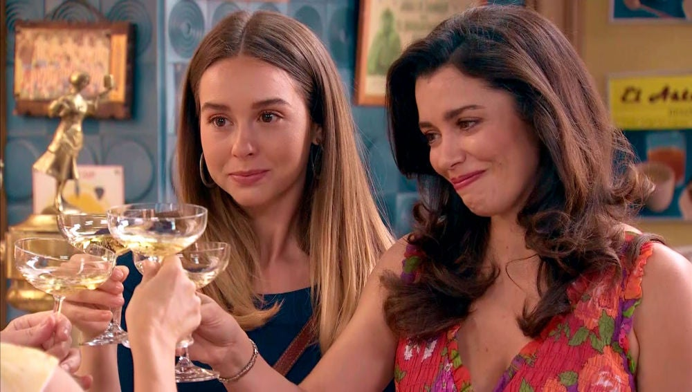 Luisita y Amelia prefieren despedirse en la intimidad con Marcelino y Manolita