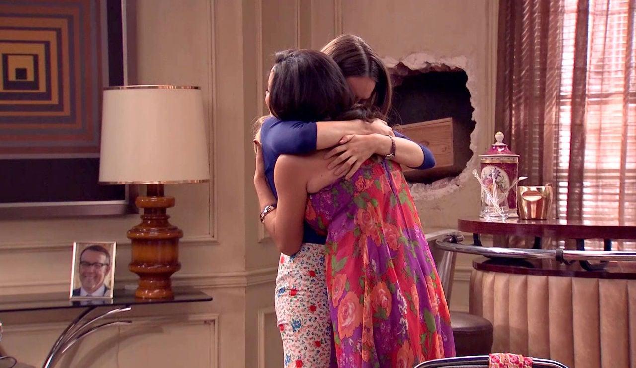 Luisita y Amelia se despiden de 'Amar es para siempre' de la mano de Paula Usero y Carol Rovira con muchos guiños a los espectadores