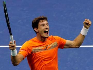 Pablo Carreño celebra su victoria ante Denis Shapovalov