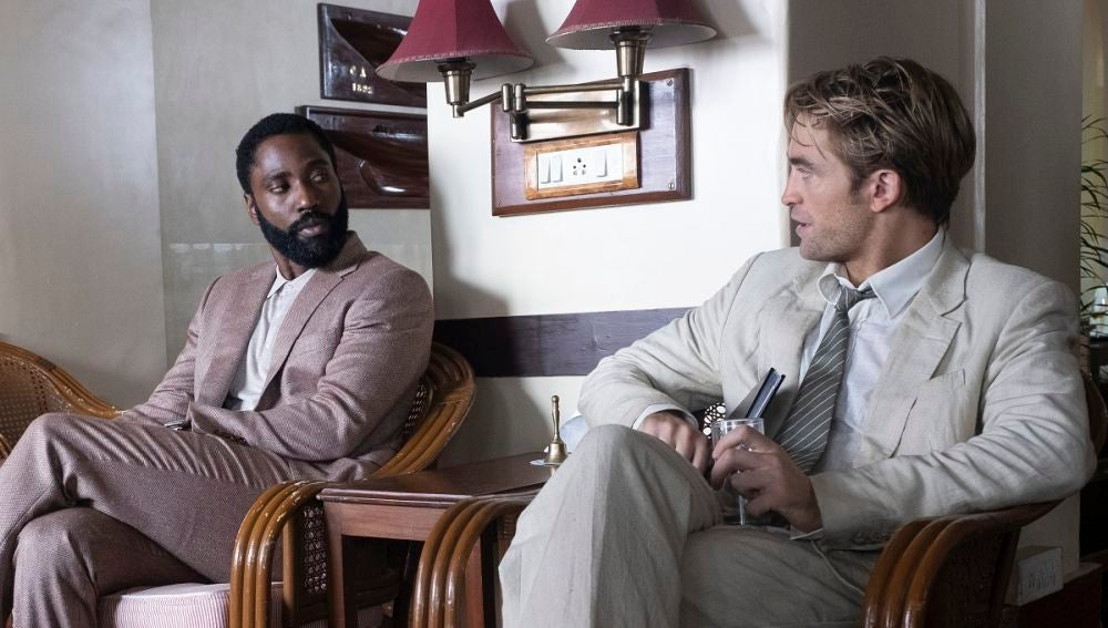 John David Washington y Robert Pattinson en 'Tenet'