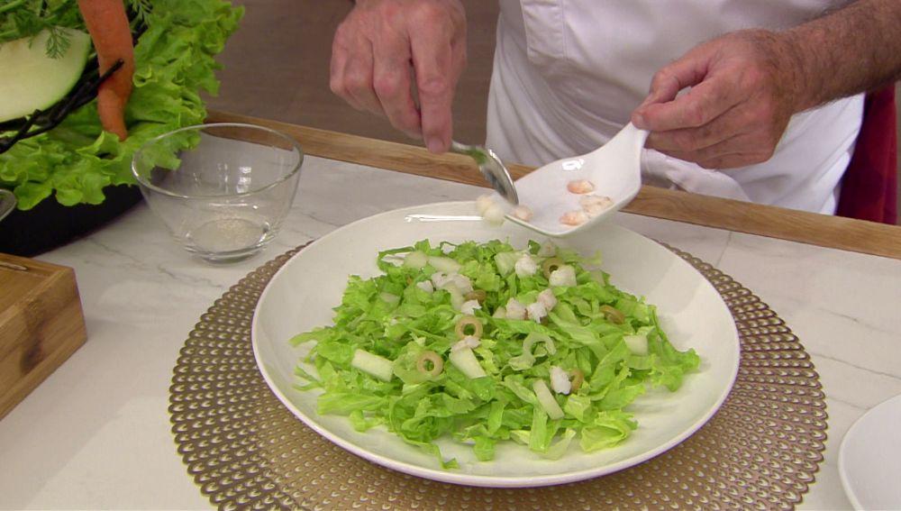 ¡Qué sabor! Este es el ingrediente diferente que Karlos Arguiñano añade a las ensaladas
