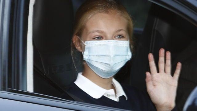 La princesa Leonor a su llegada al colegio