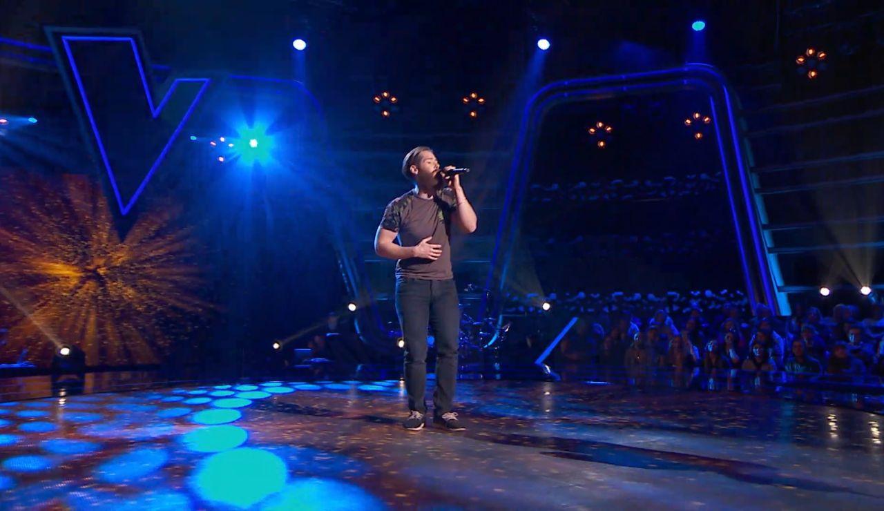 Guillem Gené canta 'Something in the way she moves' en las Audiciones a ciegas de 'La Voz'