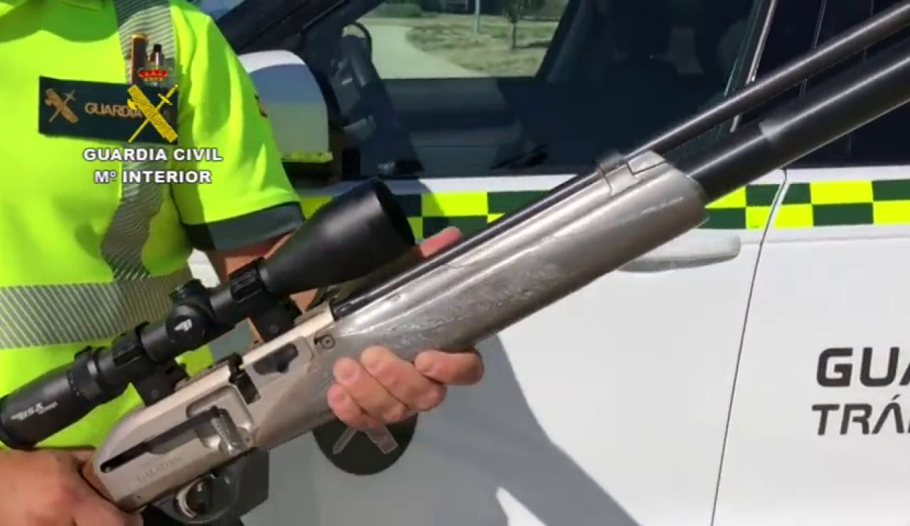Detenido en Calahorra por conducir drogado, con el maletero lleno de animales muertos y un arma cargada en el asiento del copiloto