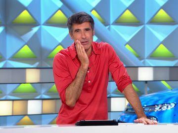 ¡Qué susto! Jorge Fernández sufre un percance en 'La ruleta de la suerte'