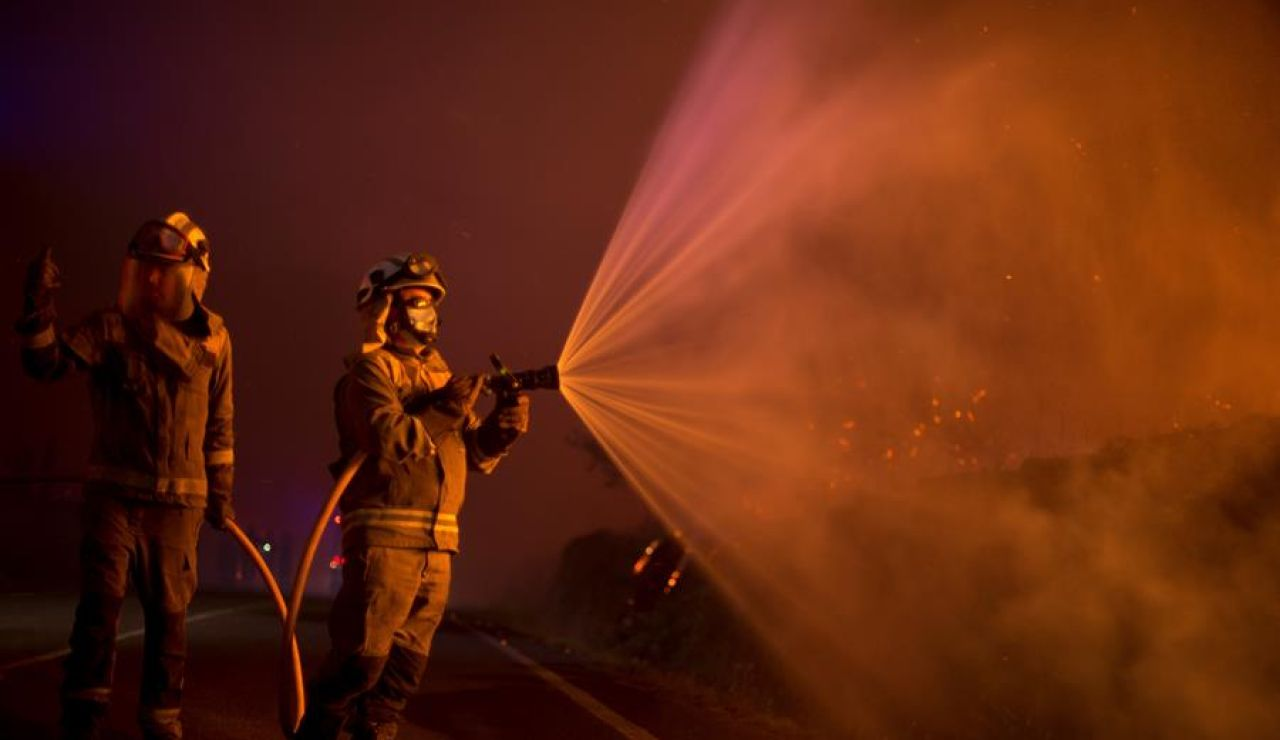 La Xunta ve indicios de intencionalidad en los incendios que han quemado 6.600 hectáreas en toda Galicia