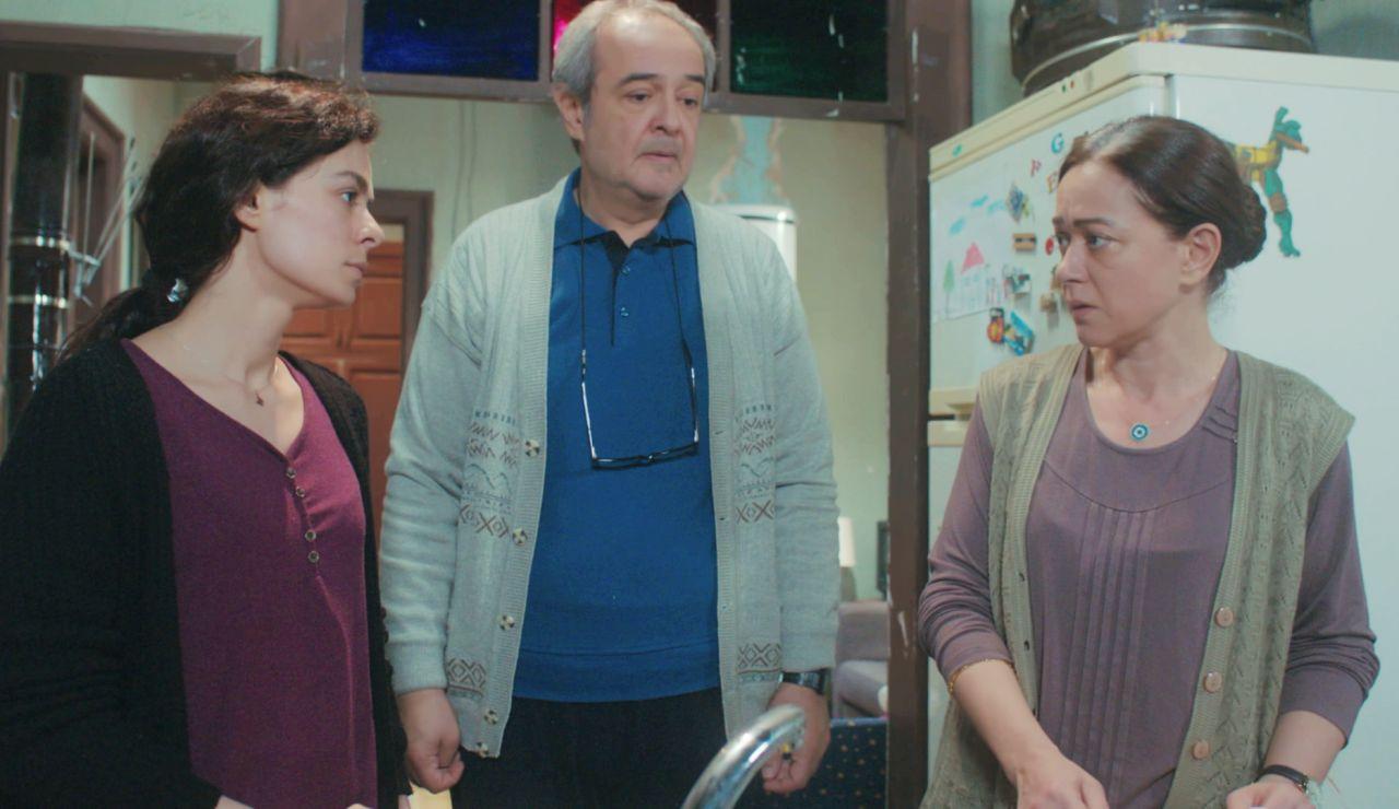 """El intento de Hatice para que Bahar y Enver vuelvan a casa: """"Sé que hice las cosas mal"""""""